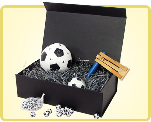 lovely gift boxes football lovers hampers and gifts for those who love the beautiful game. Black Bedroom Furniture Sets. Home Design Ideas
