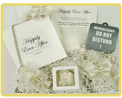 Gift For Bride Night Before Wedding : and classy gift hamper for the bride and groom on their wedding night ...